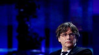 Espagne: le chef indépendantiste catalan Carles Puigdemont arrêté en Italie