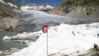 Les jeunes invités à réaliser 1 million d'actions dans le monde: opération suisse lancée depuis le glacier du Rhône