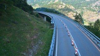 A9 Simplon: le trafic confiné sur une voie à la hauteur du pont de Fura