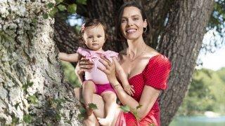 «C'est un plaisir de présenter Ayla à ma famille»: de passage en Valais avec sa fille, Alizée Gaillard se confie