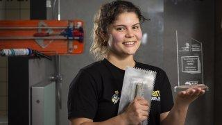 Une apprentie carreleuse valaisanne décroche l'argent aux championnats romands