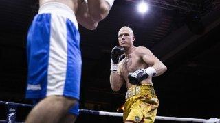 Boxe: Benoît Huber battu par arrêt de l'arbitre à Londres