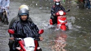 Manif estudiantine en Suisse, inondations en Inde, feux en Californie : la galerie photos du 20 septembre 2021