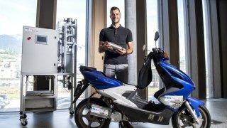 Sion: un scooter à hydrogène développé sur le campus Energypolis