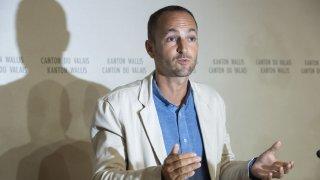 Pesticides: «Nous allons mandater une expertise», annonce Mathias Reynard
