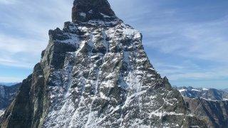 Un alpiniste chute et perd la vie au-dessus de Zermatt