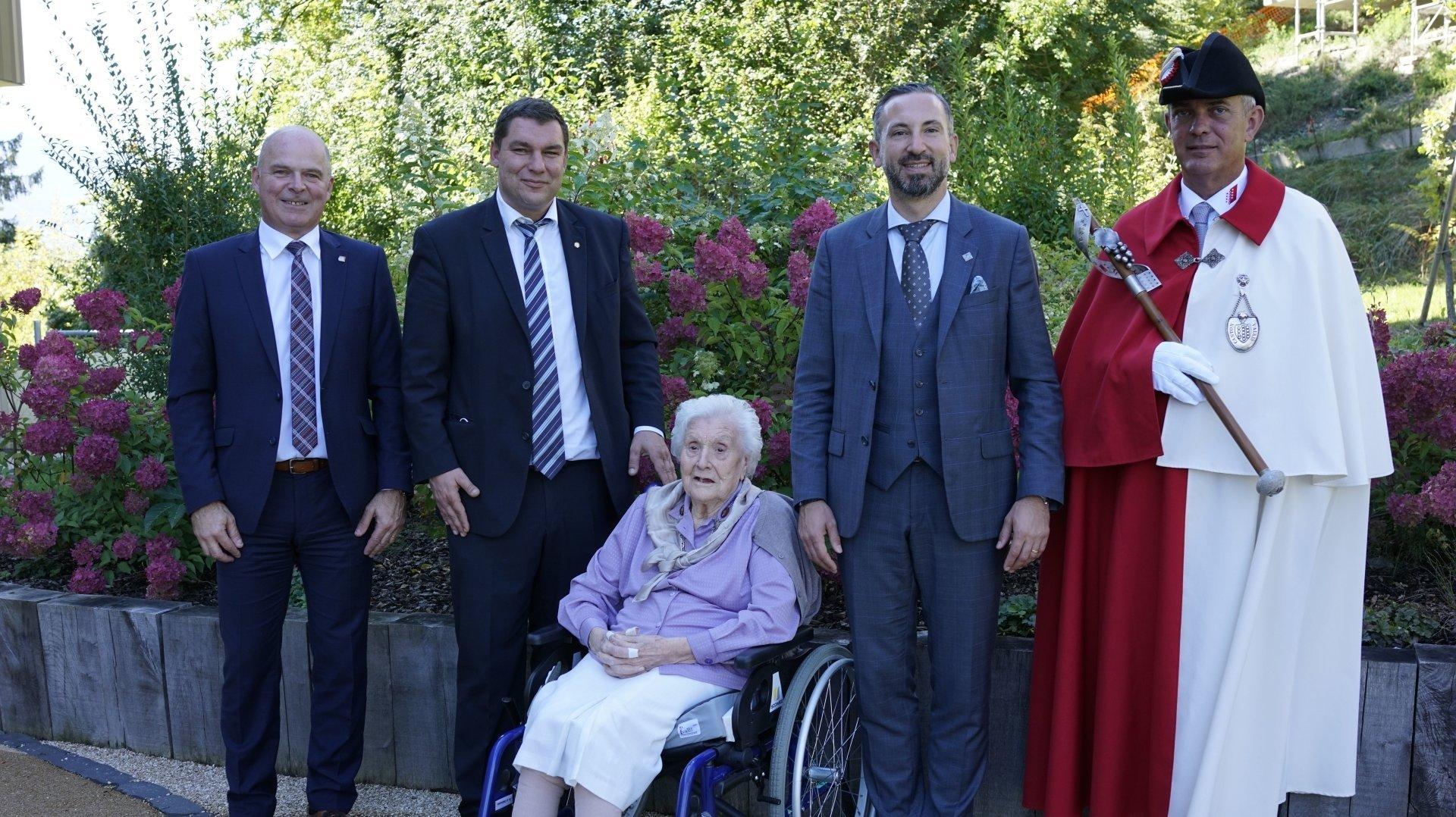 Yvonne Antille a chaleureusement été félicitée notamment par Frédéric Favre, Pierre Berthod et Cédric Pugin.