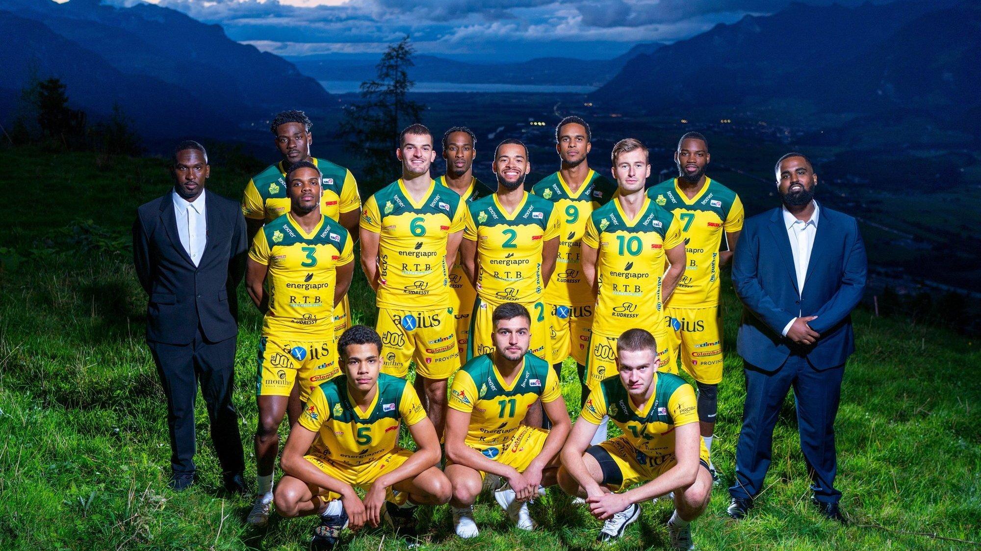 Les Montheysans au grand complet pour la photo d'équipe d'avant-saison.