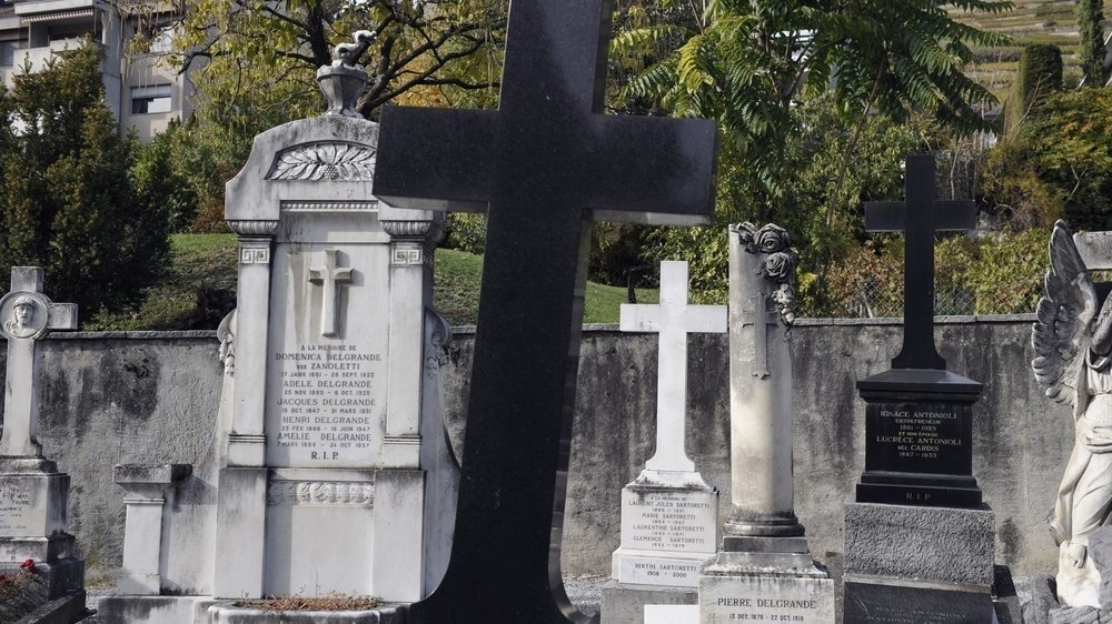Des pierres tombales pourraient disparaître. Une association milite pour leur sauvegarde.