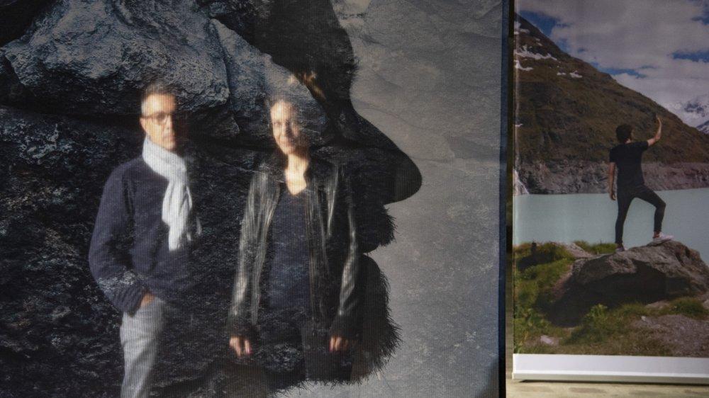 Daniel Stucki, président d'EQ2, et Anne Jean-Richard Largey, directrice de la Ferme-Asile où s'expose la 6e Enquête photographique valaisanne.