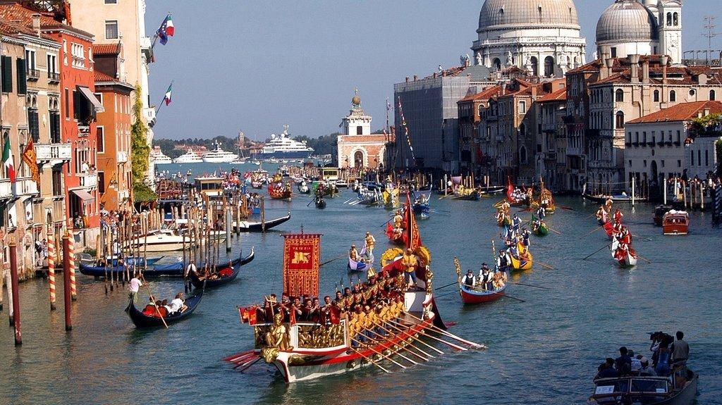 Venise: un gondolier suspendu et privé de son titre pour dopage