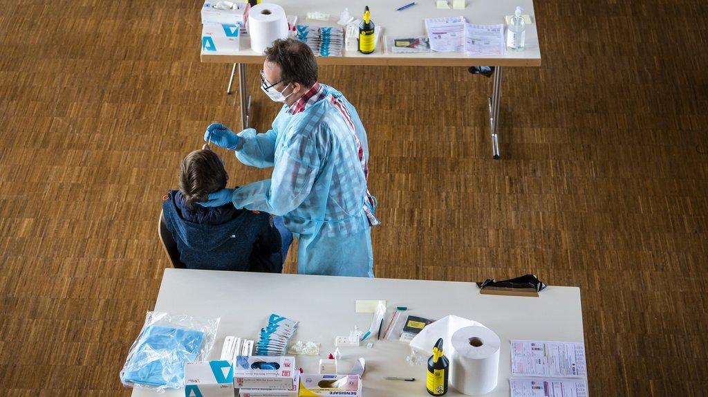 Coronavirus: la Suisse compte 1442 nouveaux cas pour 24'926 tests, 5 morts et 34 hospitalisations