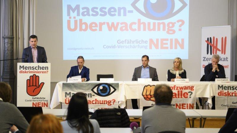 Les opposants jugent que le texte instaure une surveillance de masse.