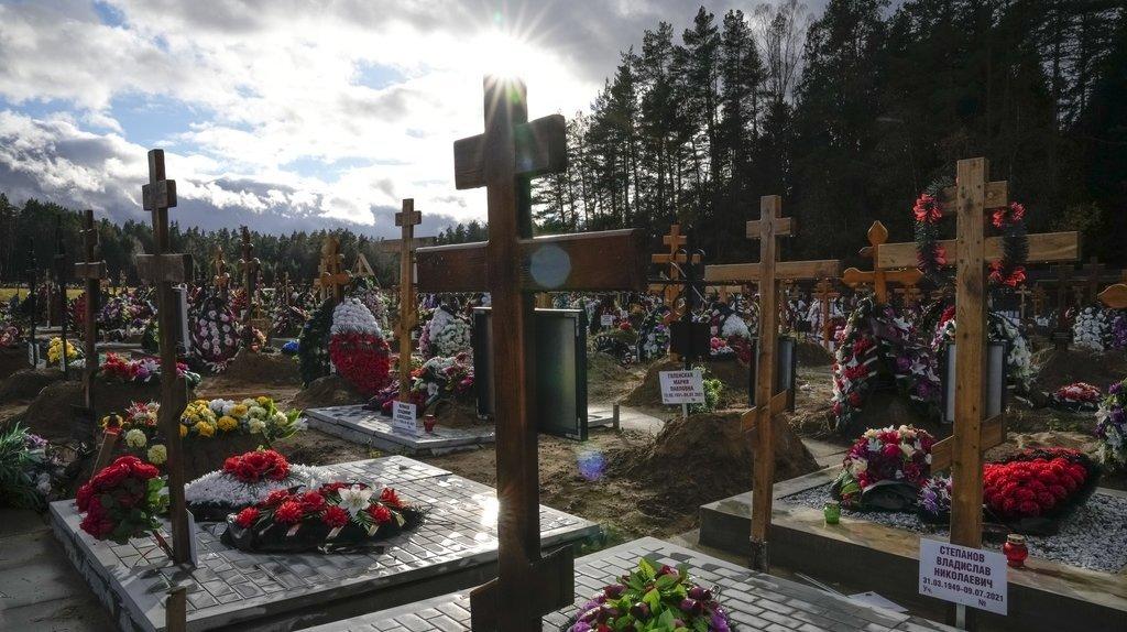 Coronavirus: la Russie enregistre un nouveau record de décès et contaminations