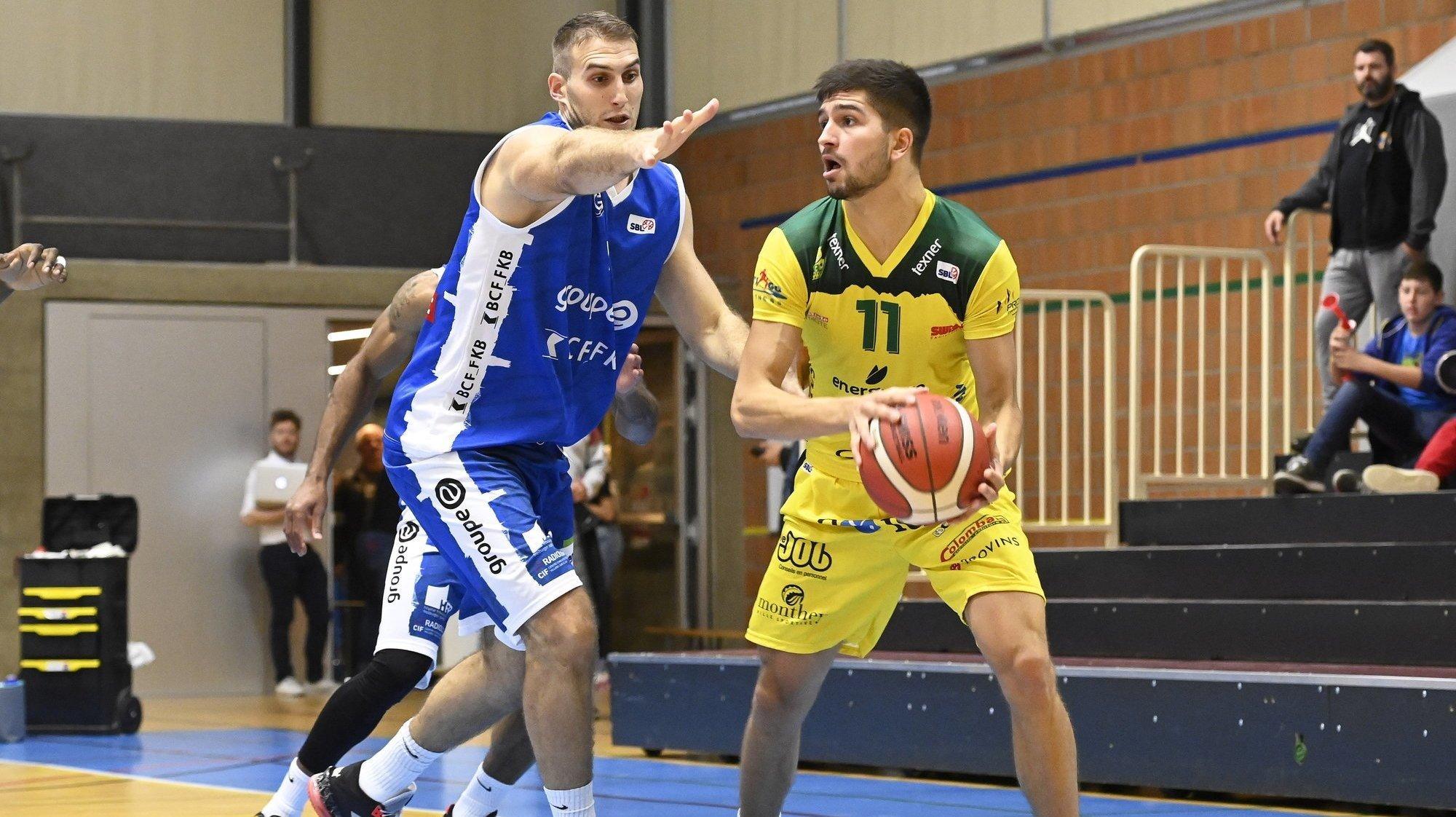 Basketball: distancé par Fribourg Olympic en dix minutes, Monthey s'accroche sans revenir