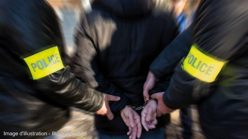Deux individus ont été arrêtés à la suite d'une violente altercation blessant grièvement un homme.