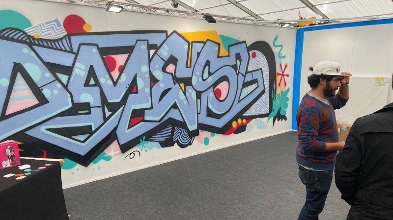 Les artistes du Vision Art Festival mettent de la couleur à la Foire du Valais cette année.
