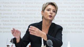 Tirage au sort des juges fédéraux: Keller-Sutter considère l'initiative inappropriée