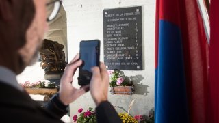 Tunnel du Gothard: Airolo commémore les 20 ans du drame
