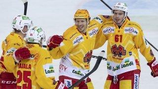 Hockey: Bienne bat Langnau et redevient leader