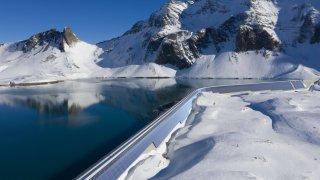 La plus grande centrale solaire des Alpes est opérationnelle à Glaris