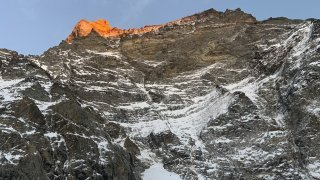 Un alpiniste fait une chute de 1000 mètres au Cervin