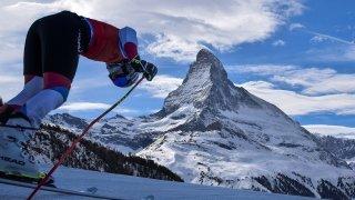 Ski: un météorologue et un médecin du sport relativisent les critiques autour de la future descente à Zermatt