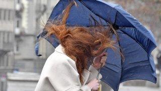 Vents tempétueux et fortes pluies sur la Suisse