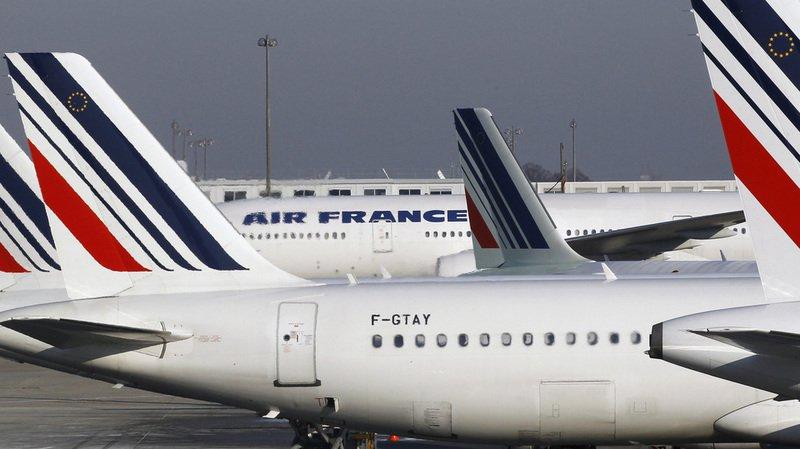 Elle a décollé de l'aéroport de Roissy sans se rendre compte qu'on lui avait fourni la mauvaise carte d'embarquement.