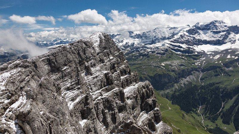 Clariden (UR):  un alpiniste fait une chute mortelle après avoir glissé sur une plaque de glace