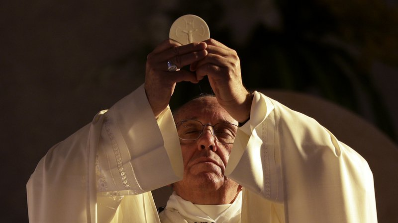 Messe: hosties sans gluten? avec OGM? Ce qu'en dit le Vatican