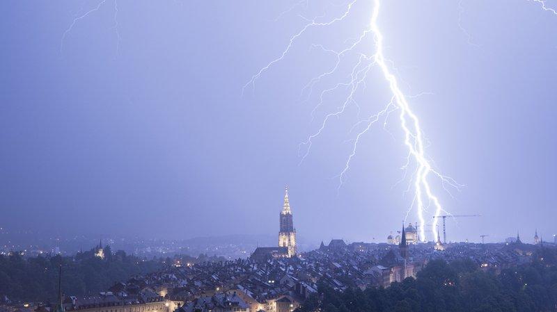 Intempéries: les 10 choses à ne surtout pas faire pendant un orage