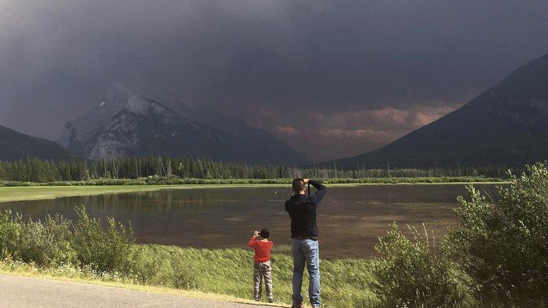 Canada: les incendies provoquent l'évacuation d'encore 650 habitants