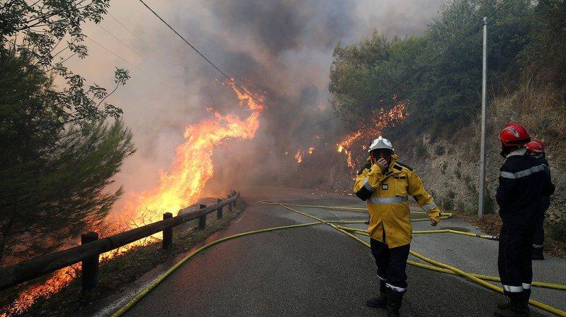 Incendies dans le Sud de la France: 10'000 personnes évacuées