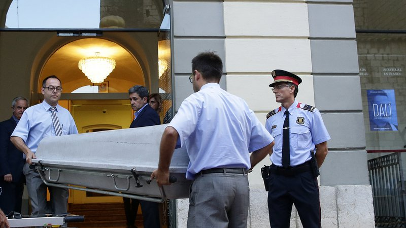 Test de paternité: la tombe de Salvador Dali a été rouverte
