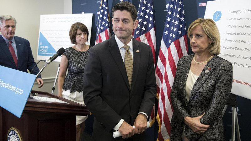 États-Unis: le Congrès américain adopte à nouveau des sanctions contre la Russie