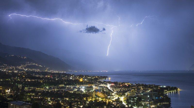 Plusieurs régions de Suisse ont été touchées par de violents orages dimanche soir.