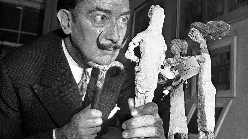 Exhumation: après 28 ans dans la tombe, la moustache de Dali est toujours intacte
