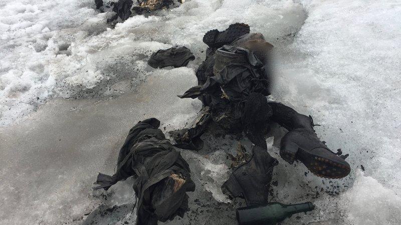 Un couple momifié  retrouvé sur le glacier