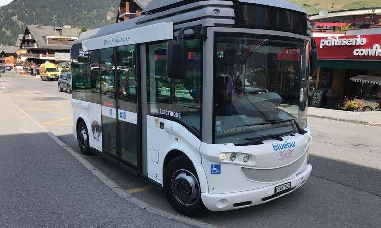 Un bus gratuit 100% électrique dans les rues de Verbier