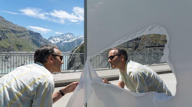 Des photos de Claudio Moser à voir sur le couronnement du barrage de Mauvoisin