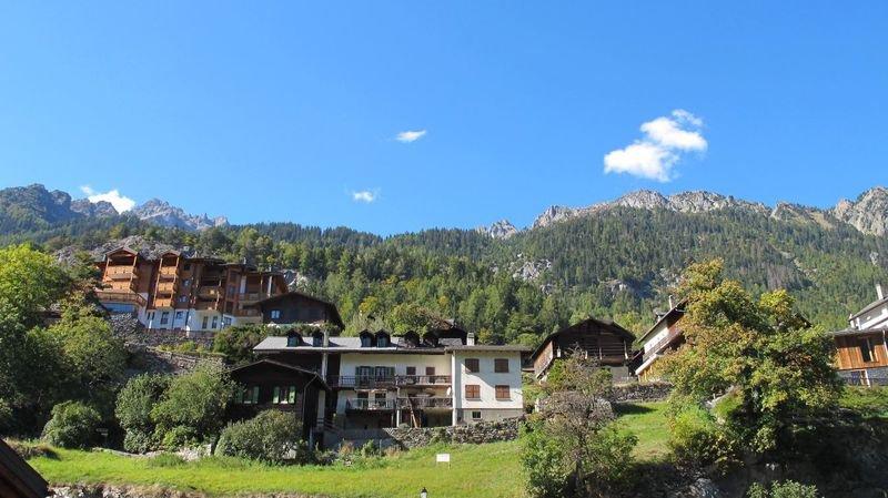 Deux villages valaisans candidats au titre de plus beau village de Suisse