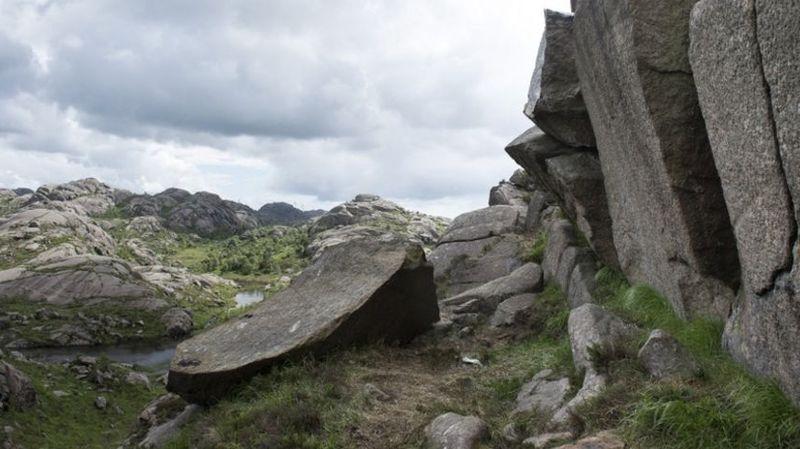 """Norvège: Le """"pénis du troll"""" a retrouvé la forme"""