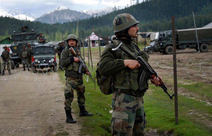 Soldats indiens dans la zone frontalière contestée avec la Chine: Pékin exige un retrait sans condition de toutes les troupes envoyées par New Delhi.