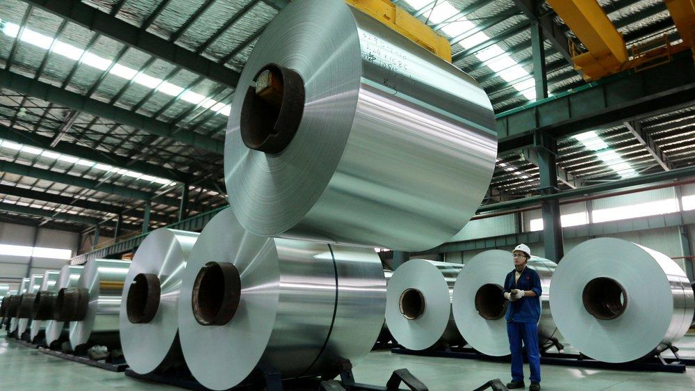 L'aluminium chinois (ici, une usine de la province d'Anhui) perturbe l'industrie américaine...