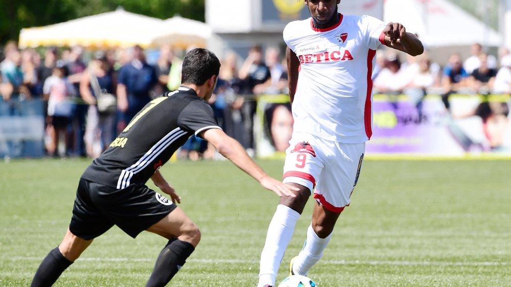 Après avoir subi une légère rechute en cours de préparation estivale, Mboyo a enfin effectué ses débuts officiels avec le FC Sion.