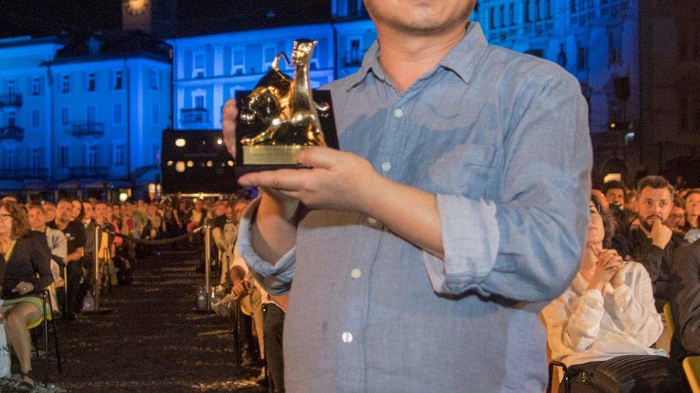 Wang Bing, Léopard d'or, sur la piazza Grande de Locarno.