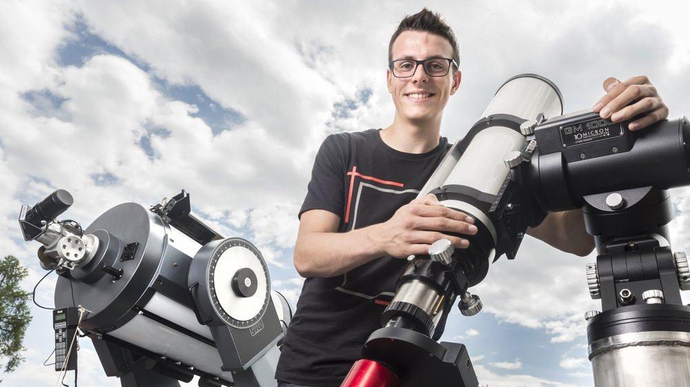 Lorsqu'il n'est pas à l'école, Vincent Savioz passe la majeure partie de son temps à l'observatoire d'Arbaz.