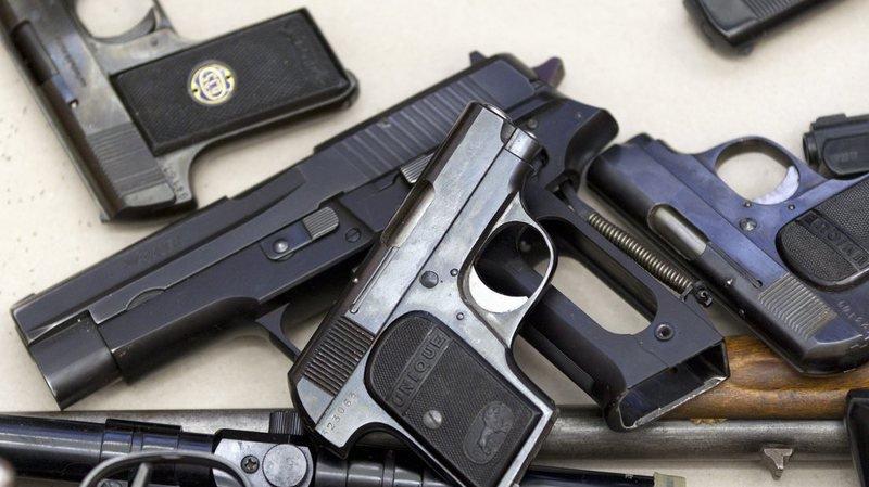 Armes: 876'000 fusils et pistolets sont recensés dans les registres en Suisse