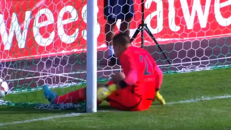 Football: une équipe estonienne marque après 15 secondes de jeu sans toucher le ballon